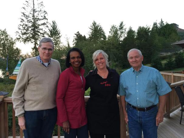 Steven J. Hadley, Condoleezza Rice, Connie Kelley, Robert Gates